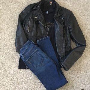 Paige Verdigo Crop Jeans